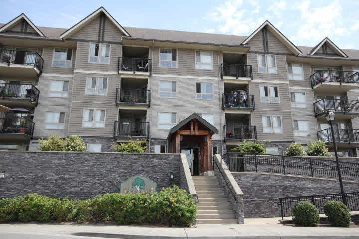"Main Photo: 400 9000 BIRCH Street in Chilliwack: Chilliwack W Young-Well Condo for sale in ""THE BIRCH"" : MLS® # H2152881"