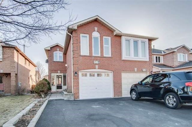 Main Photo: 5467 Bullrush Drive in Mississauga: East Credit House (2-Storey) for sale : MLS® # W3275521