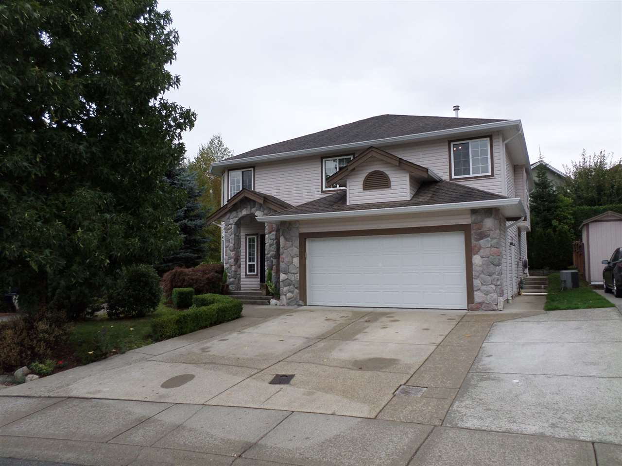 "Main Photo: 3968 PARADISE Place in Abbotsford: Abbotsford East House for sale in ""Sandyhill"" : MLS® # R2001295"