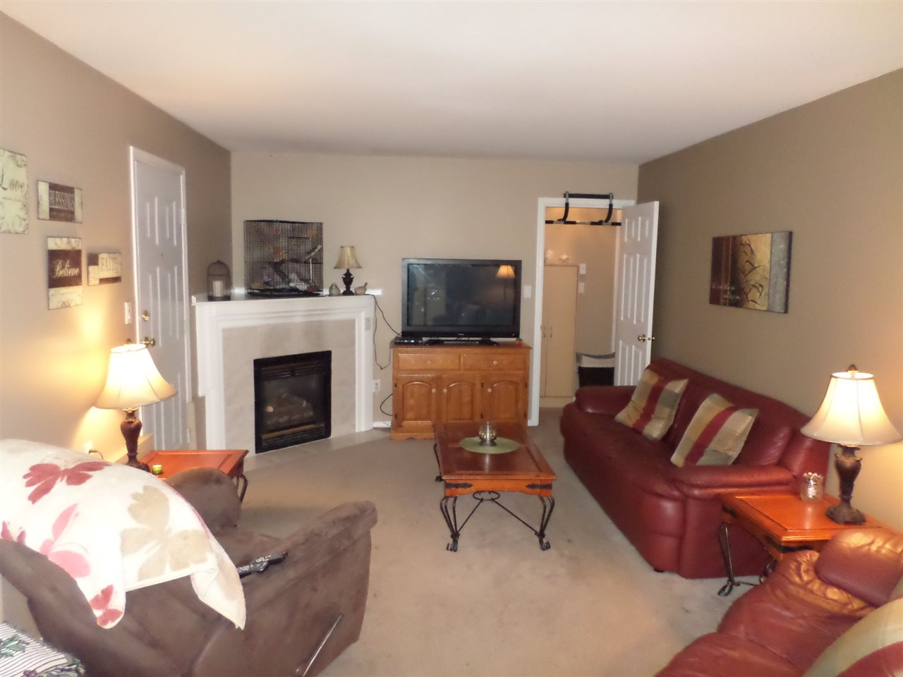 "Photo 15: 3968 PARADISE Place in Abbotsford: Abbotsford East House for sale in ""Sandyhill"" : MLS® # R2001295"