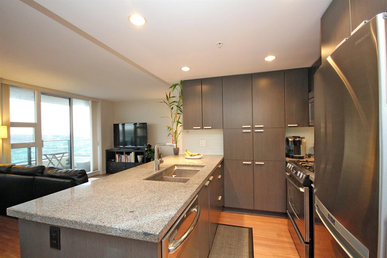 "Photo 10: 2502 2232 DOUGLAS Road in Burnaby: Brentwood Park Condo for sale in ""AFFINITY"" (Burnaby North)  : MLS® # R2019095"