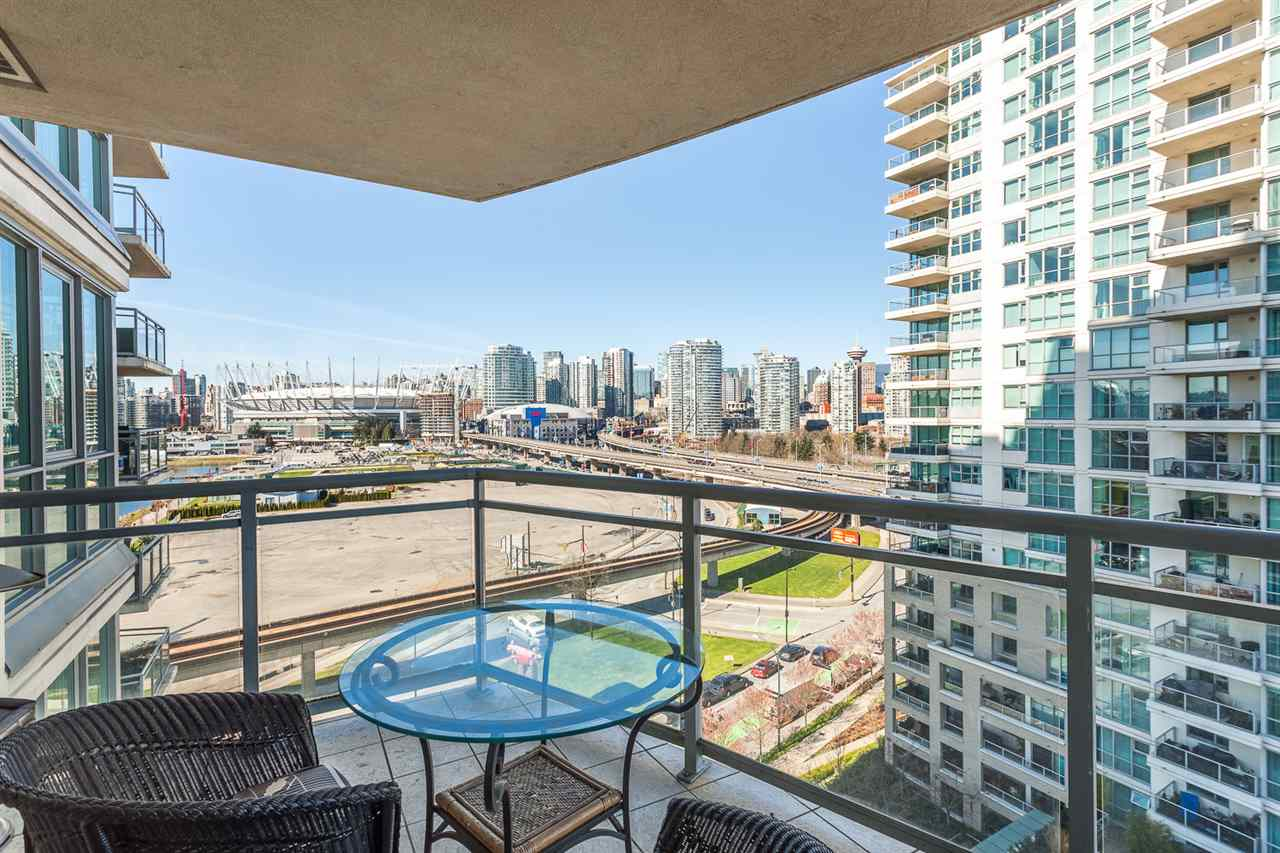 "Photo 9: 1101 120 MILROSS Avenue in Vancouver: Mount Pleasant VE Condo for sale in ""Brighton"" (Vancouver East)  : MLS(r) # R2048208"