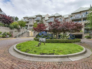 "Main Photo: 310A 301 MAUDE Road in Port Moody: North Shore Pt Moody Condo for sale in ""Herritage Grande"" : MLS® # R2092911"