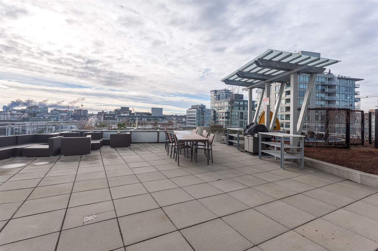 "Photo 10: 1815 1618 QUEBEC Street in Vancouver: Mount Pleasant VE Condo for sale in ""Central"" (Vancouver East)  : MLS® # R2140904"