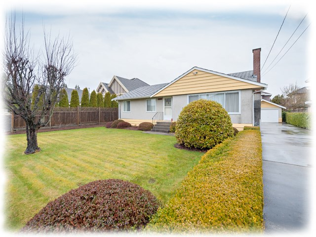 "Main Photo: 5211 COLBECK Road in Richmond: Lackner House for sale in ""Blundell Centre"" : MLS(r) # R2145302"