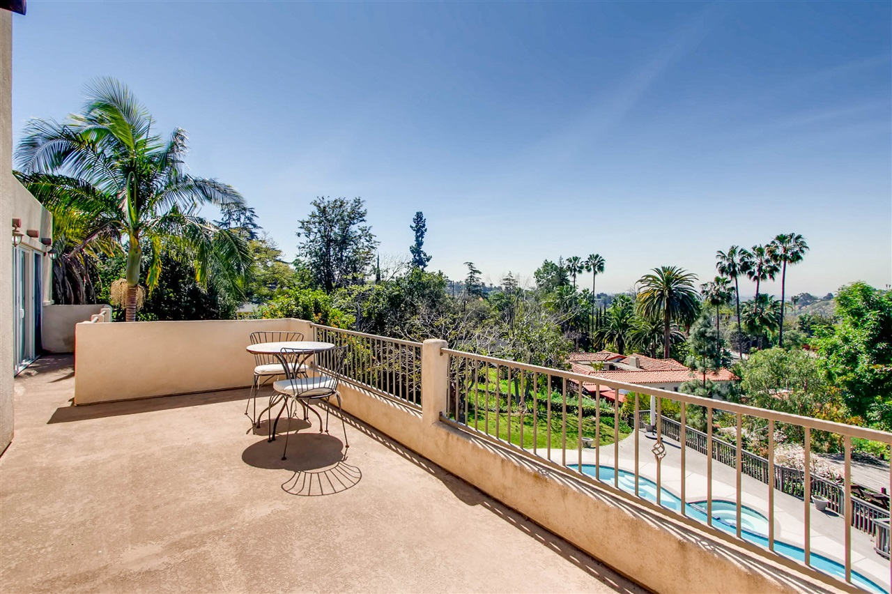 Photo 21: MOUNT HELIX House for sale : 3 bedrooms : 9443 Alto in La Mesa
