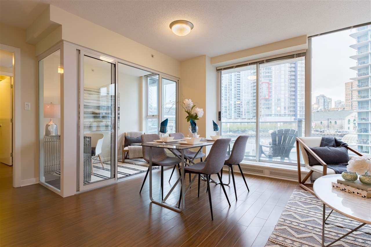 Photo 4: 703 633 ABBOTT STREET in Vancouver: Downtown VW Condo for sale (Vancouver West)  : MLS® # R2155830