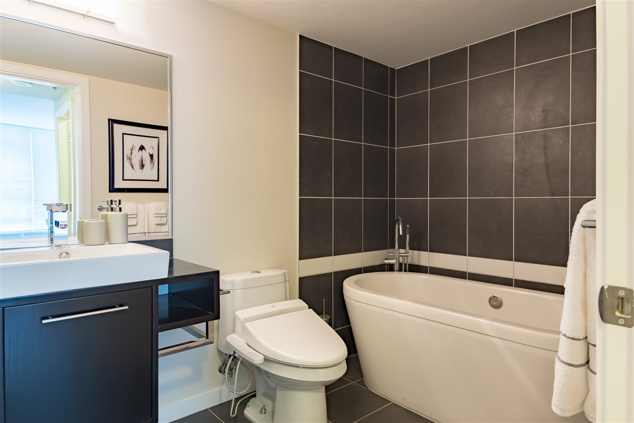 Photo 11: 703 633 ABBOTT STREET in Vancouver: Downtown VW Condo for sale (Vancouver West)  : MLS® # R2155830