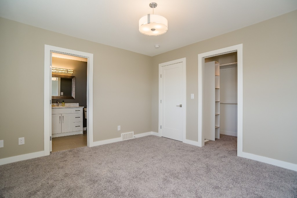 Photo 19: 1034 Kloppenburg Bend in Saskatoon: Evergreen Residential for sale : MLS® # SK611023