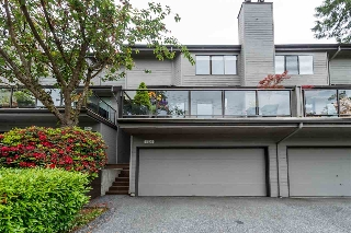 "Main Photo: 4304 NAUGHTON Avenue in North Vancouver: Deep Cove Townhouse for sale in ""COVE GARDEN TOWNHOUSES"" : MLS(r) # R2179628"