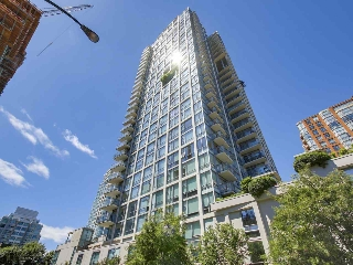 "Main Photo: 1004 1455 HOWE Street in Vancouver: Yaletown Condo for sale in ""POMARIA"" (Vancouver West)  : MLS(r) # R2181127"