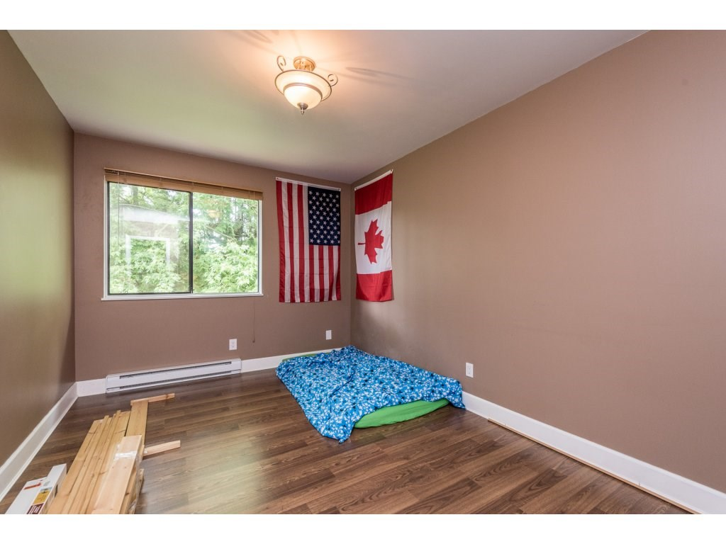 Photo 14: 207 7144 133B Street in Surrey: West Newton Townhouse for sale : MLS(r) # R2187497