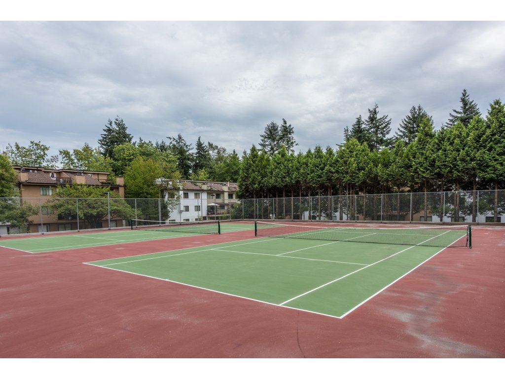 Photo 2: 207 7144 133B Street in Surrey: West Newton Townhouse for sale : MLS(r) # R2187497