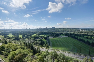 Main Photo:  in Edmonton: Zone 12 Condo for sale : MLS® # E4076510