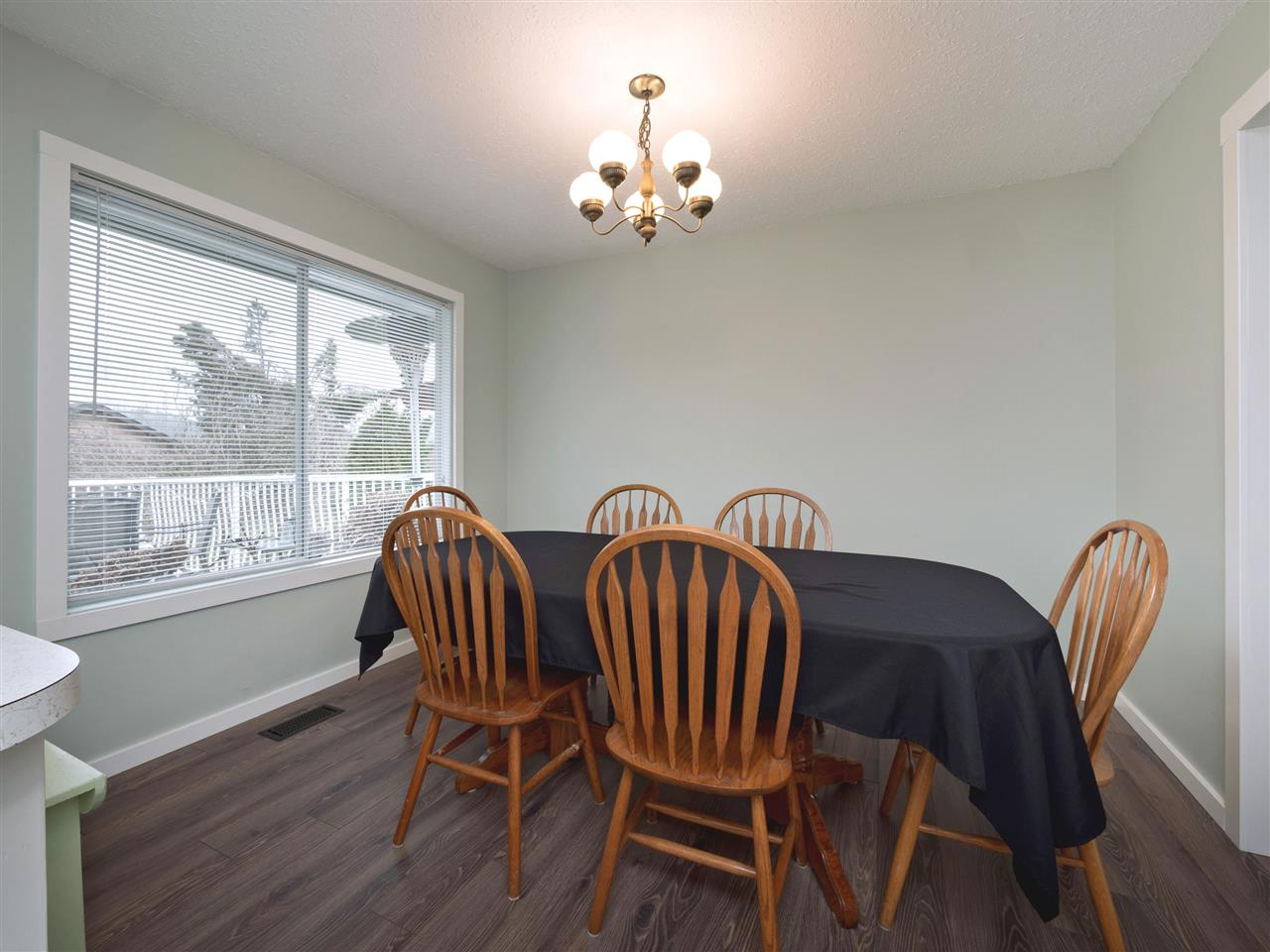 Photo 11: Photos: 33131 CHERRY Avenue in Mission: Mission BC House for sale : MLS® # R2236875