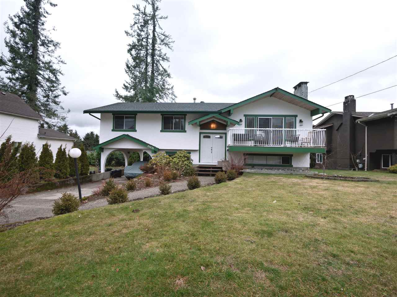 Photo 4: Photos: 33131 CHERRY Avenue in Mission: Mission BC House for sale : MLS® # R2236875