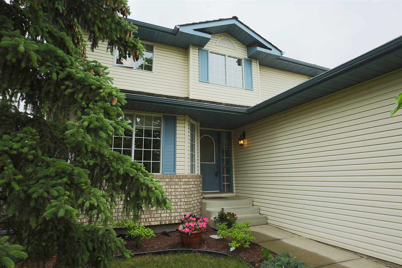 Main Photo: 340 Heritage Drive: Sherwood Park House for sale : MLS®# E4104246