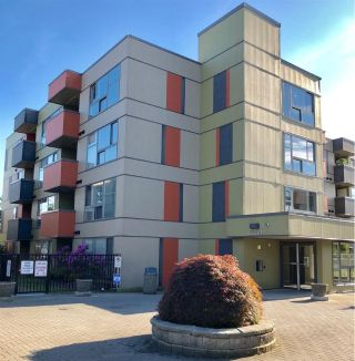 "Main Photo: 203 12075 228 Street in Maple Ridge: East Central Condo for sale in ""RIO"" : MLS®# R2272358"