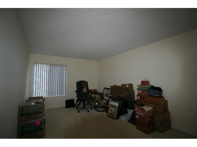 Photo 11: PACIFIC BEACH Condo for sale : 2 bedrooms : 1801 Diamond #209