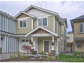 Main Photo: 1192 Parkdale Creek Gardens in VICTORIA: La Westhills Strata Duplex Unit for sale (Langford)  : MLS® # 302725
