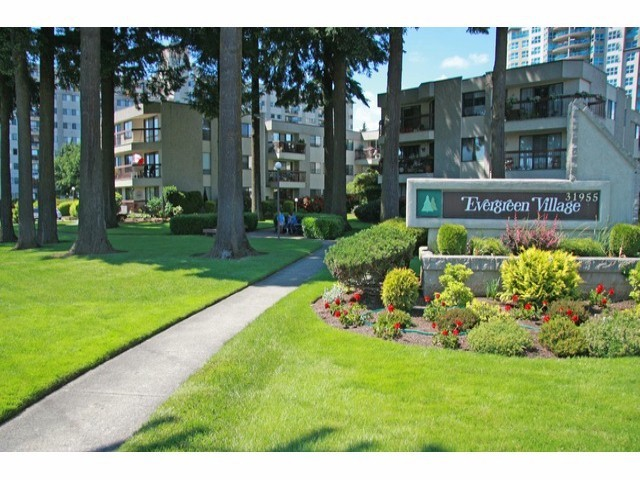 Main Photo: # 127 31955 OLD YALE RD in Abbotsford: Abbotsford West Condo for sale : MLS® # F1313472