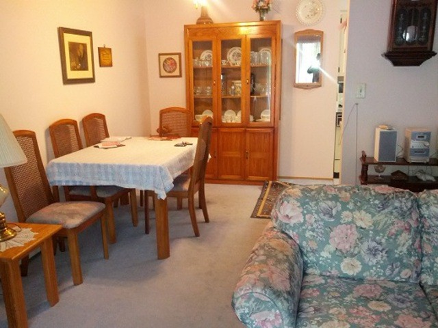 Photo 3: # 127 31955 OLD YALE RD in Abbotsford: Abbotsford West Condo for sale : MLS(r) # F1313472
