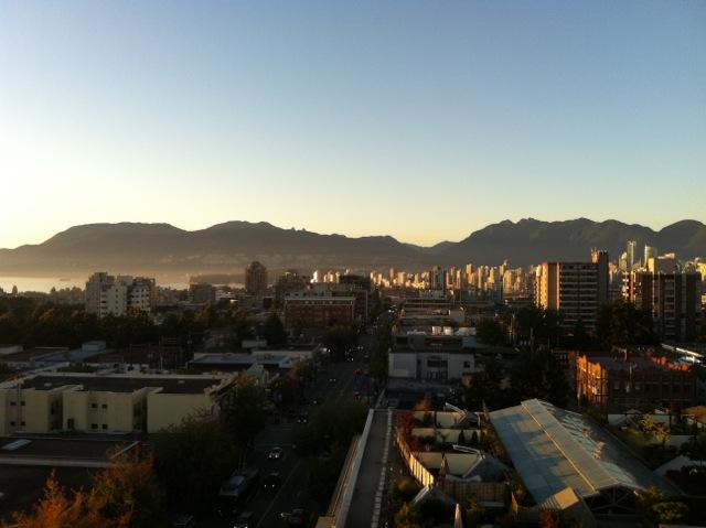 "Photo 18: 316 1445 MARPOLE Avenue in Vancouver: Fairview VW Condo for sale in ""Hycroft Towers"" (Vancouver West)  : MLS(r) # V1055467"