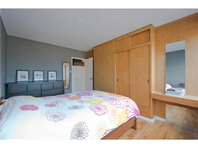 "Photo 10: 316 1445 MARPOLE Avenue in Vancouver: Fairview VW Condo for sale in ""Hycroft Towers"" (Vancouver West)  : MLS(r) # V1055467"
