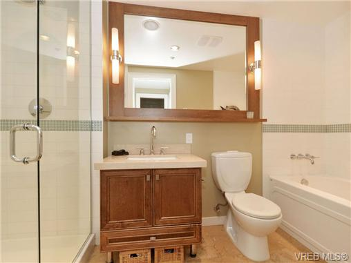 Photo 13: 601 1400 Lynburne Place in VICTORIA: La Bear Mountain Condo Apartment for sale (Langford)  : MLS® # 347509