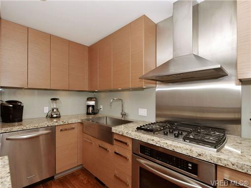 Photo 7: 601 1400 Lynburne Place in VICTORIA: La Bear Mountain Condo Apartment for sale (Langford)  : MLS® # 347509