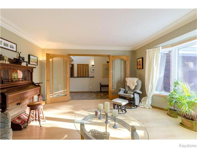 Photo 4: 19 Radium Cove in WINNIPEG: North Kildonan Residential for sale (North East Winnipeg)  : MLS(r) # 1601477