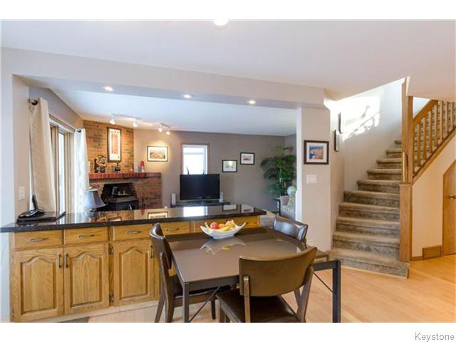 Photo 10: 19 Radium Cove in WINNIPEG: North Kildonan Residential for sale (North East Winnipeg)  : MLS(r) # 1601477
