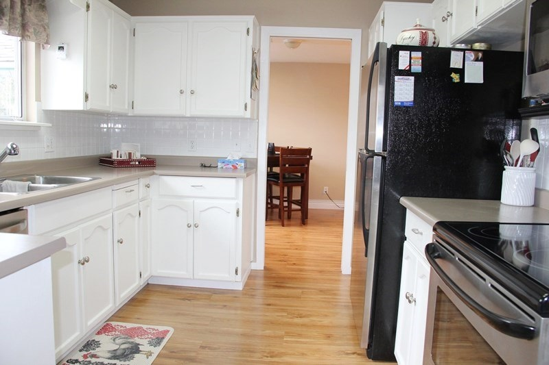 "Photo 4: 807 21937 48 Avenue in Langley: Murrayville Townhouse for sale in ""Orangewood"" : MLS(r) # R2048713"