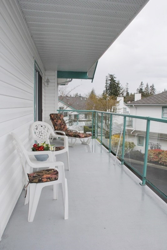 "Photo 10: 807 21937 48 Avenue in Langley: Murrayville Townhouse for sale in ""Orangewood"" : MLS(r) # R2048713"