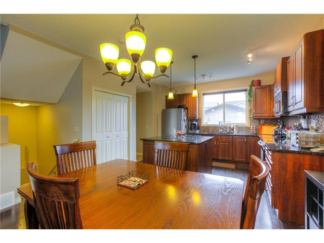 Photo 11: 15 SKYVIEW SPRINGS Crescent NE in Calgary: Skyview Ranch House for sale : MLS® # C4062075