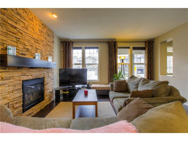 Photo 7: 15 SKYVIEW SPRINGS Crescent NE in Calgary: Skyview Ranch House for sale : MLS® # C4062075