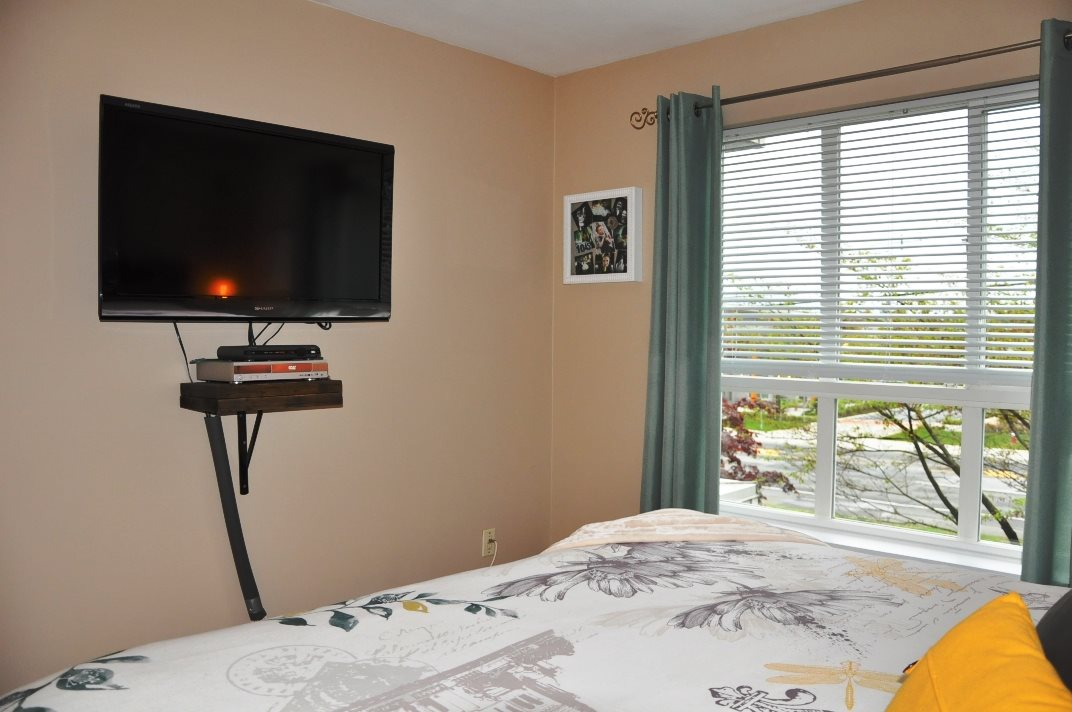 "Photo 11: 314 9979 140 Street in Surrey: Whalley Condo for sale in ""SHERWOOD GREEN"" (North Surrey)  : MLS® # R2074130"