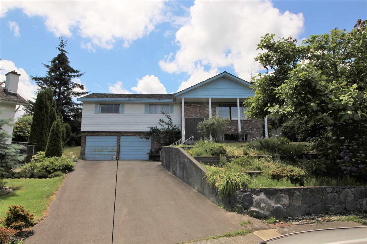 Main Photo: 332 NOOTKA Street in New Westminster: The Heights NW House for sale : MLS® # R2079907