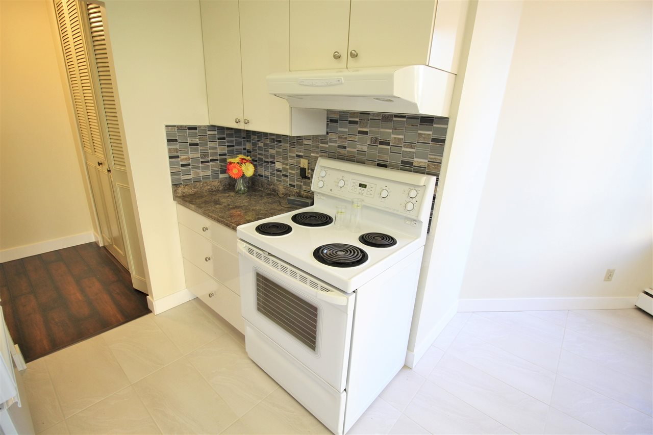 "Photo 4: 305 710 SEVENTH Avenue in New Westminster: Uptown NW Condo for sale in ""THE HERITAGE"" : MLS(r) # R2116270"