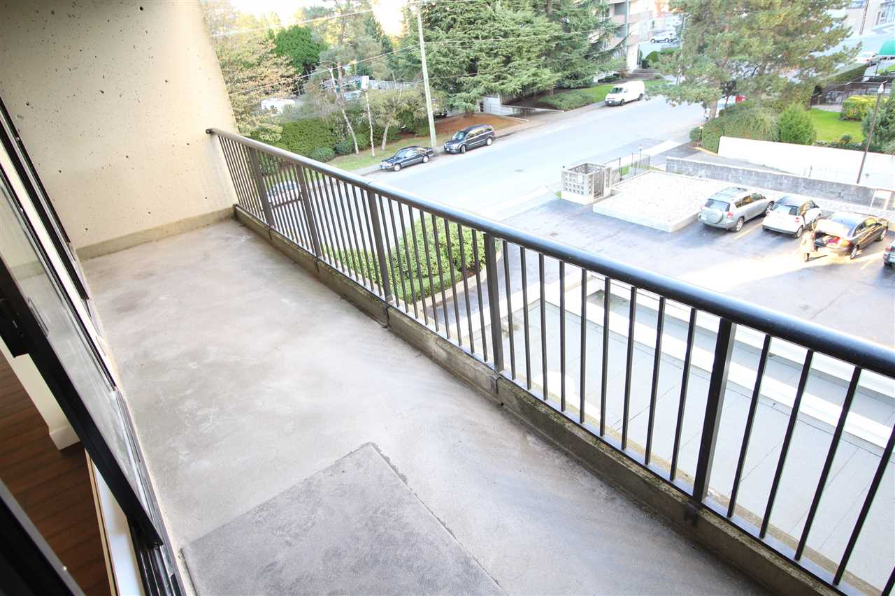 "Photo 9: 305 710 SEVENTH Avenue in New Westminster: Uptown NW Condo for sale in ""THE HERITAGE"" : MLS(r) # R2116270"