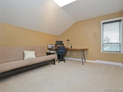 Photo 17: 4155 Roy Place in VICTORIA: SW Northridge Single Family Detached for sale (Saanich West)  : MLS(r) # 371824