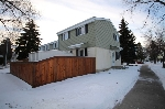 Main Photo: 242 PRIMROSE Gardens in Edmonton: Zone 20 Townhouse for sale : MLS(r) # E4048308