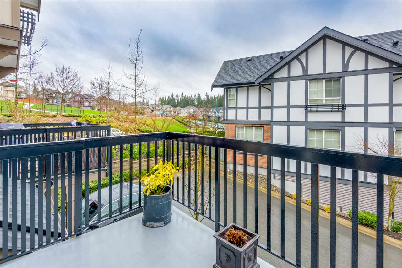"Photo 13: 73 1338 HAMES Crescent in Coquitlam: Burke Mountain Townhouse for sale in ""FARRINGTON PARK"" : MLS® # R2153419"