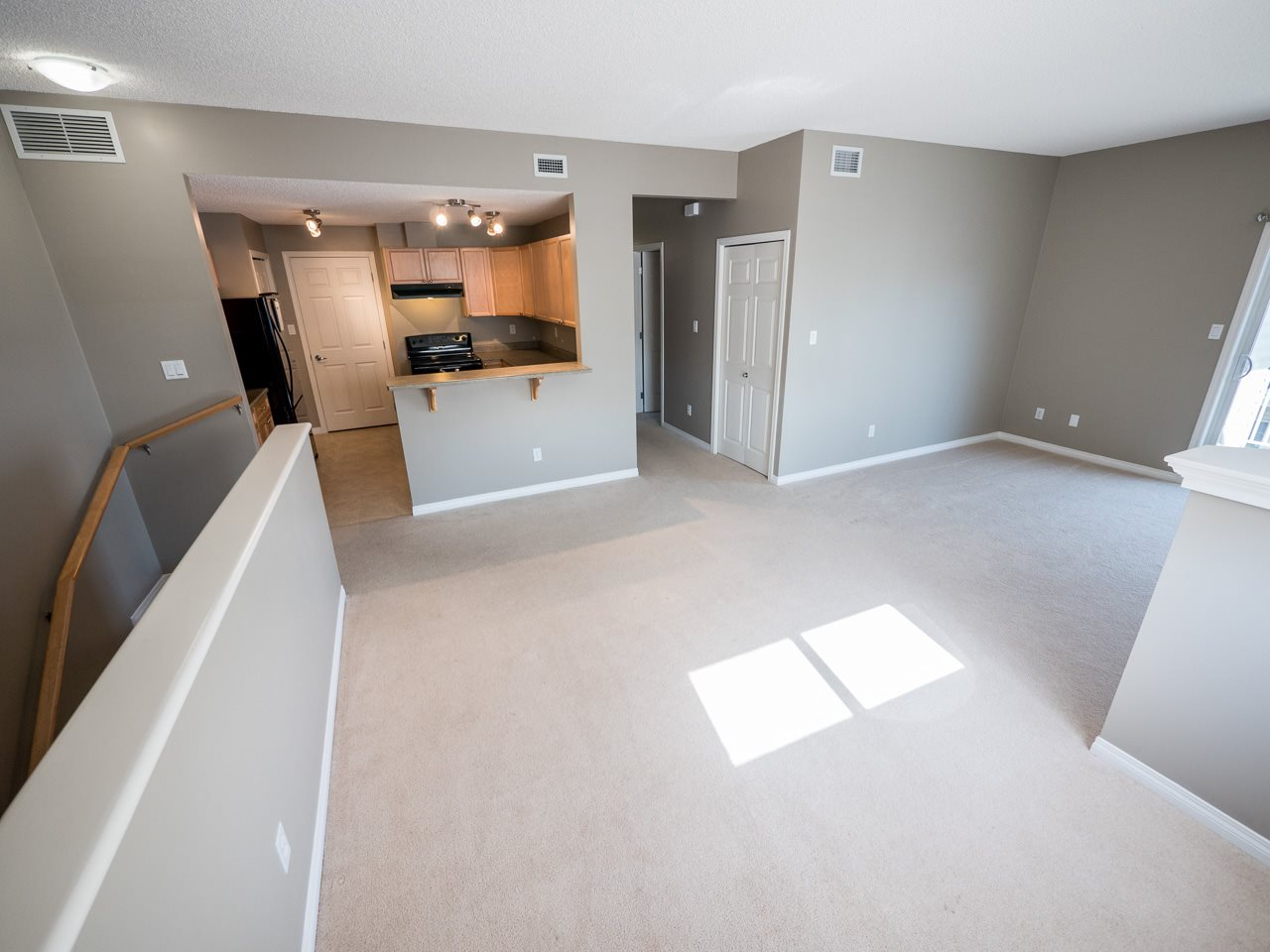 Photo 8: 71 3040 SPENCE Way in Edmonton: Zone 53 Townhouse for sale : MLS(r) # E4063695
