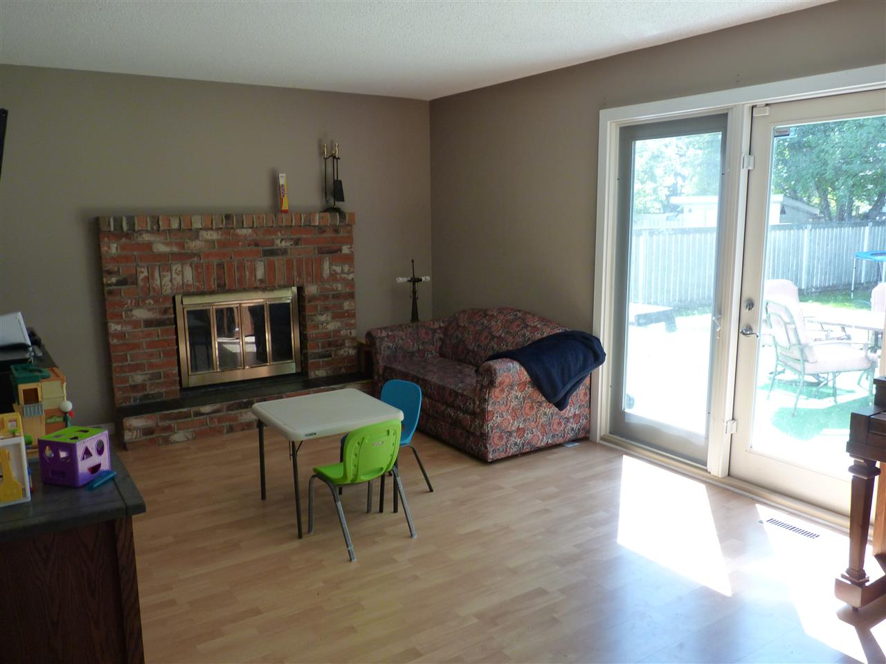 Bright room also with hardwood.  Patio doors to the back yard.