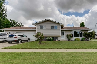 Main Photo: 15103 114A Street in Edmonton: Zone 27 House for sale : MLS(r) # E4069457
