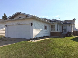 Main Photo: 17419 96 Street in Edmonton: Zone 28 House for sale : MLS® # E4078049