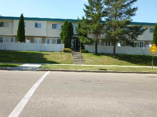 Main Photo: 107 16340 109 Street in Edmonton: Zone 27 Townhouse for sale : MLS® # E4078247