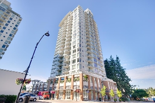 "Main Photo: 403 15152 RUSSELL Avenue: White Rock Condo for sale in ""MIRAMAR VILLAGE"" (South Surrey White Rock)  : MLS® # R2198077"