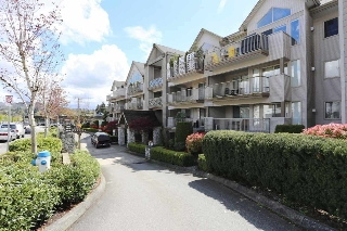 "Main Photo: 218 33478 ROBERTS Avenue in Abbotsford: Central Abbotsford Condo for sale in ""ASPEN CREEK"" : MLS® # R2204582"